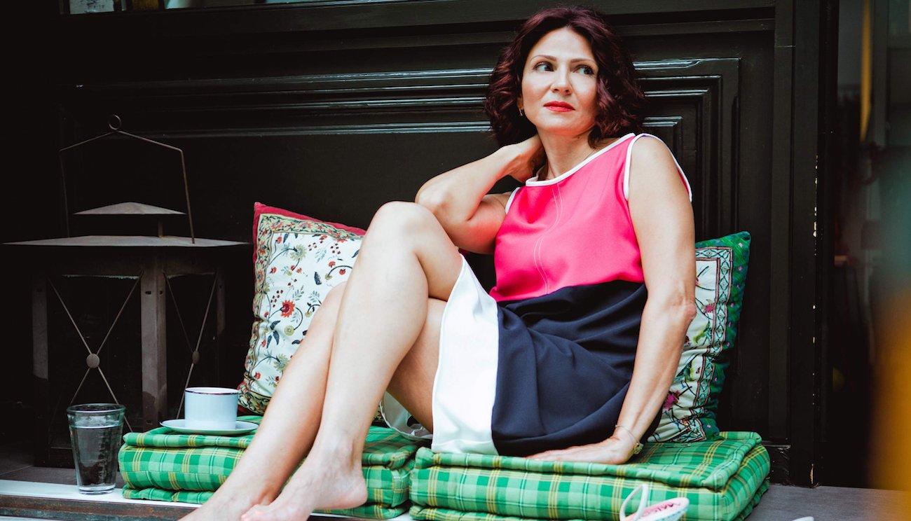"""Ταμίλα Κουλίεβα: """"Αν διακρίνω σε δουλειά ότι αυτό που γίνεται στη σκηνή δεν έχει σχέση με θέατρο, adios amigos"""""""