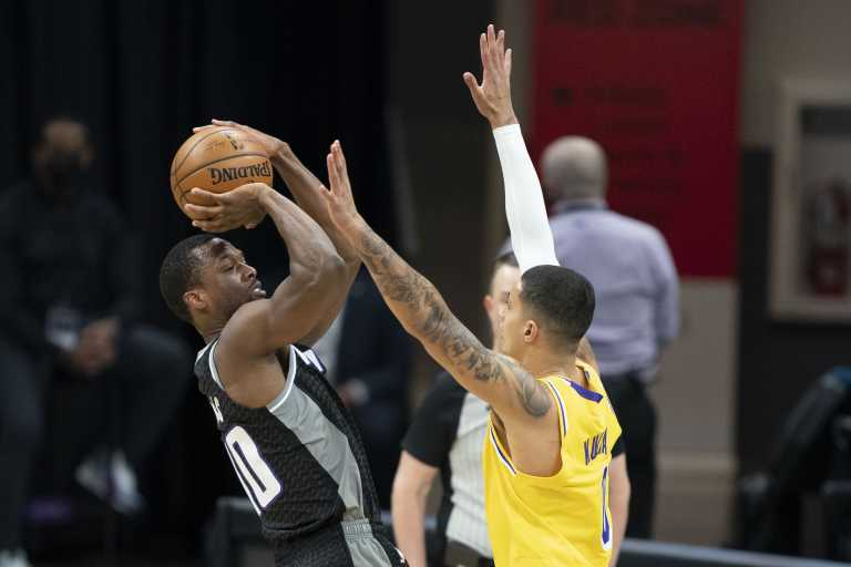 NBA: Πήραν το ντέρμπι οι Μπλέιζερς, ήττα για Λέικερς χωρίς Λεμπρόν (video)