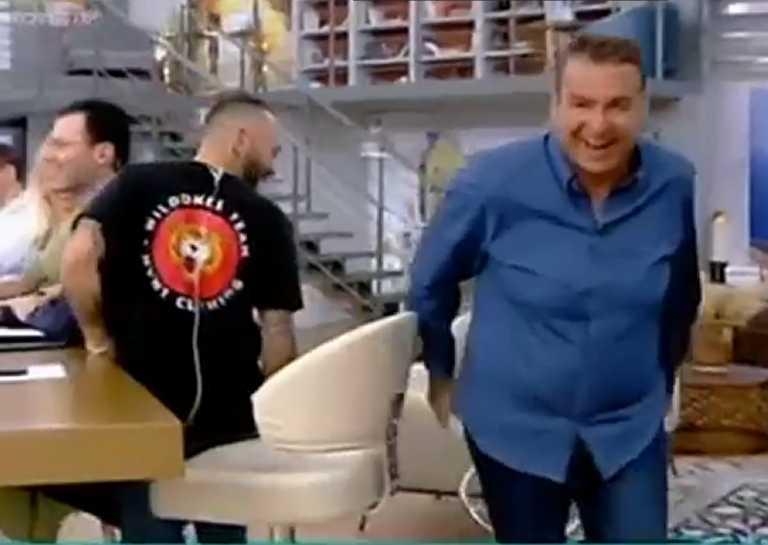 Γιώργος Λιάγκας: Ατύχημα στον αέρα για τον γνωστό παρουσιαστή – Ξέσπασαν σε γέλια
