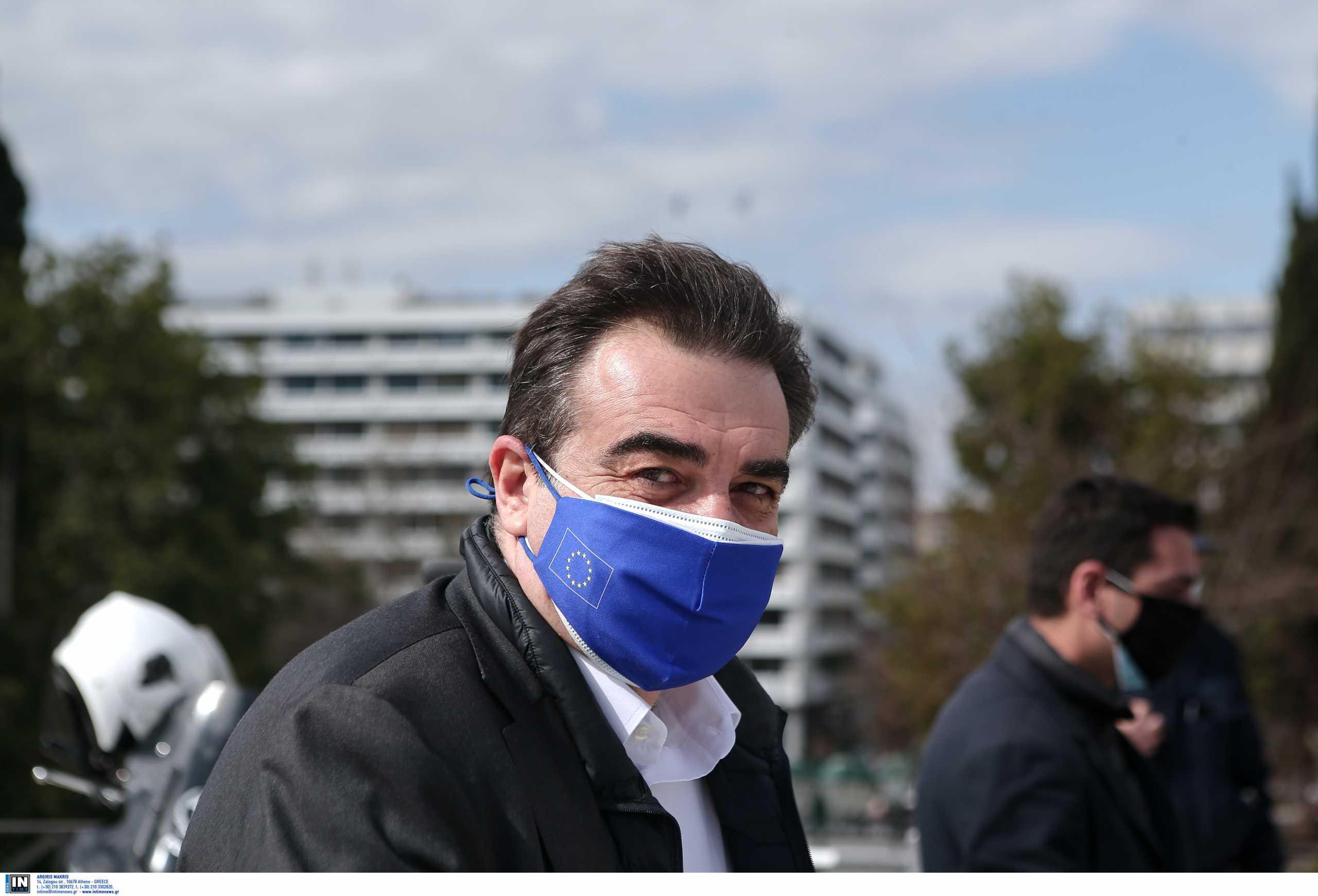 Μαργαρίτης Σχοινάς: Μέχρι το τέλος του καλοκαιριού θα έχει εμβολιαστεί το 70% των Ευρωπαίων