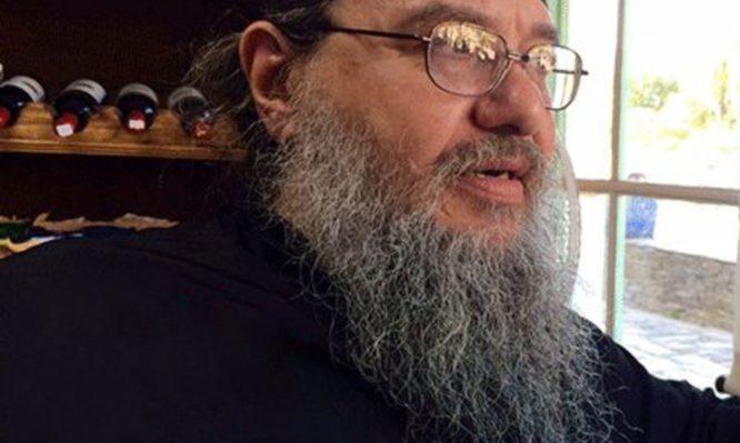 Αυτός είναι ο πιο…διάσημος αγιορείτης μοναχός! Βίντεο