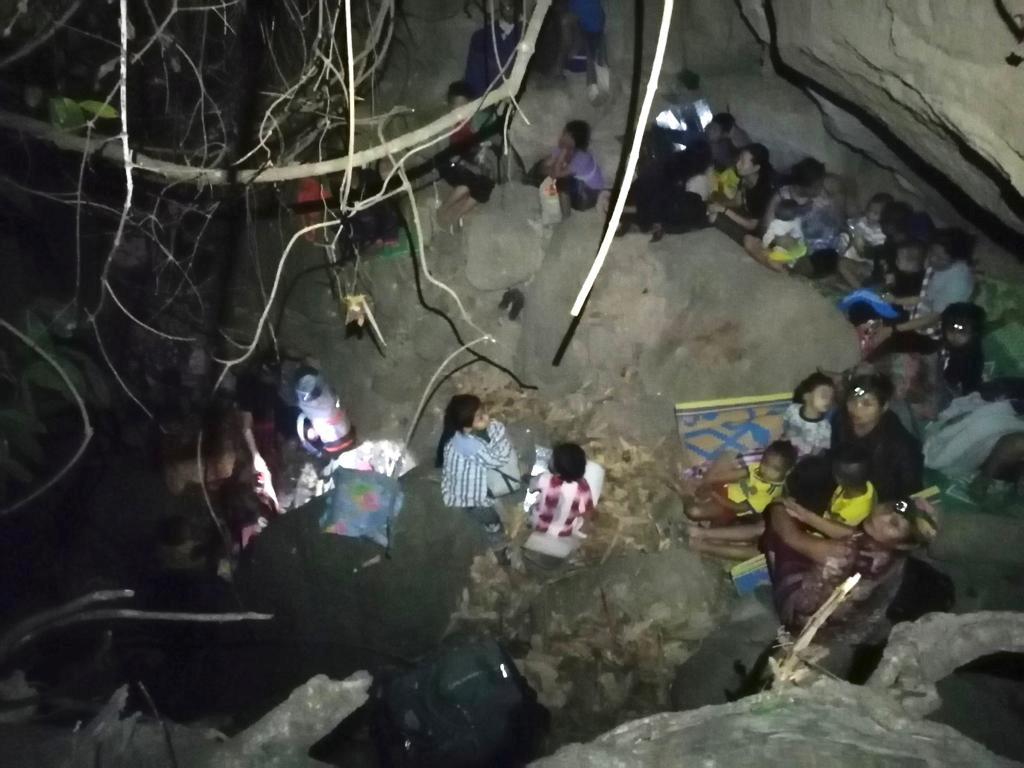 Μιανμάρ: Καταφύγιο στην Ταϊλάνδη βρήκαν 3.000 χωρικοί μετά τους βομβαρδισμούς του στρατού