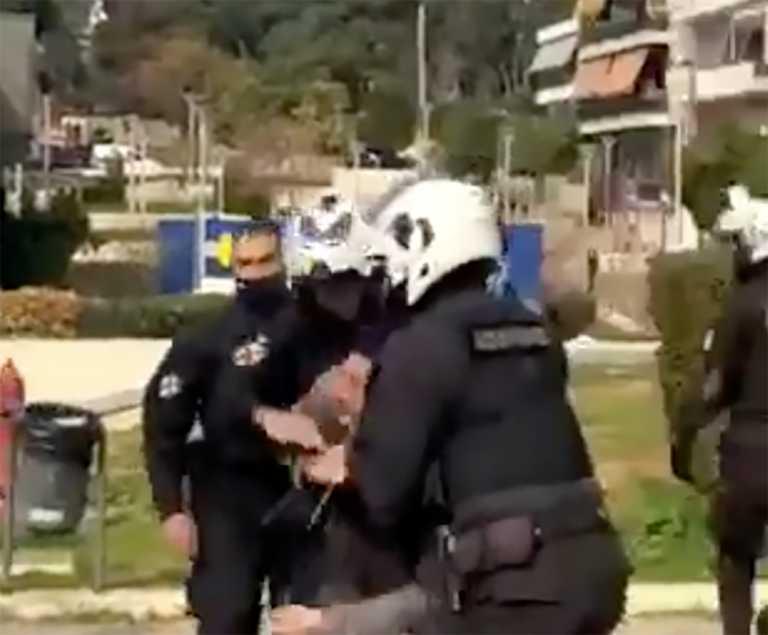 ΕΛ.ΑΣ. για Νέα Σμύρνη: Διατάχθηκε ΕΔΕ – Η αστυνομία δέχθηκε απρόκλητη επίθεση