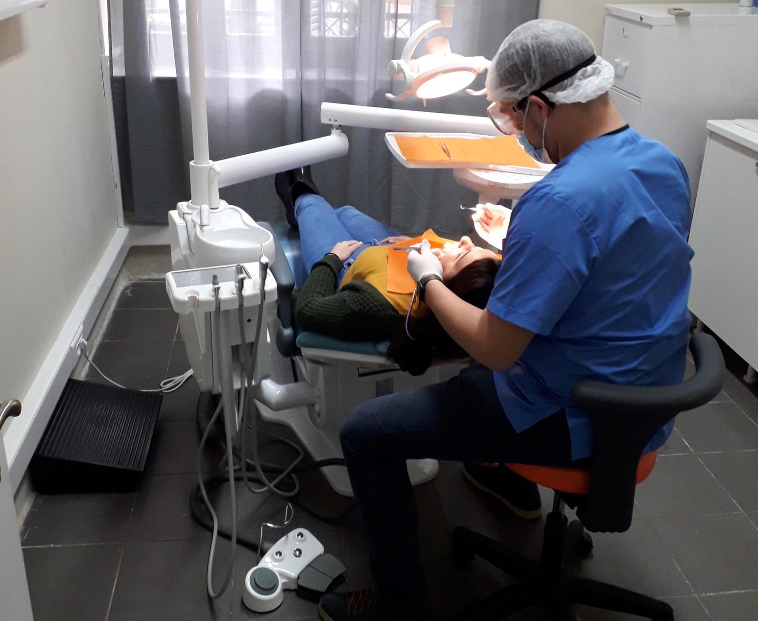 Κορονοϊός – Οδοντίατροι: Με rapid test οι εμβολιασμένοι, με μοριακό οι ανεμβολίαστοι