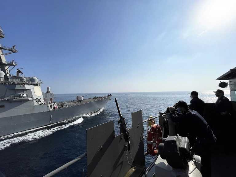 ΥΔΡΑ: Ακάθεκτη η ελληνική φρεγάτα πραγματοποίησε νέα άσκηση με το ναυτικό των ΗΠΑ! [pics]