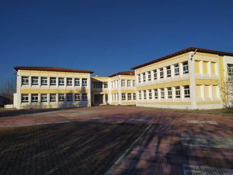 Κοινωνική προσφορά των Ενόπλων Δυνάμεων: Διάθεση εγκαταστάσεων σε δημοτικό σχολείο [pics]