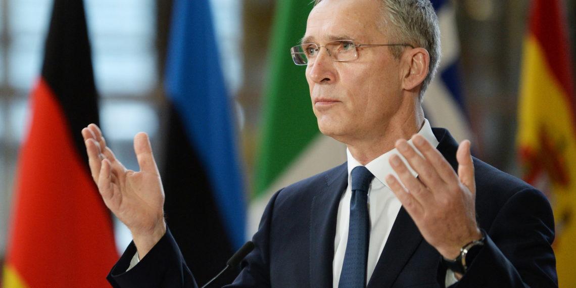 Στόλτενμπεργκ: Το NATO βοηθάει τόσο στις διερευνητικές επαφές όσο και στο προσφυγικό