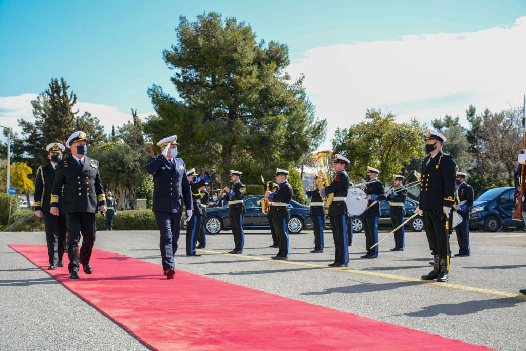 Συνάντηση Αντιναυάρχου Πετράκη με τον Αρχηγό Γενικού Επιτελείου Ναυτικού Γαλλίας – Τι συζήτησαν [pics]