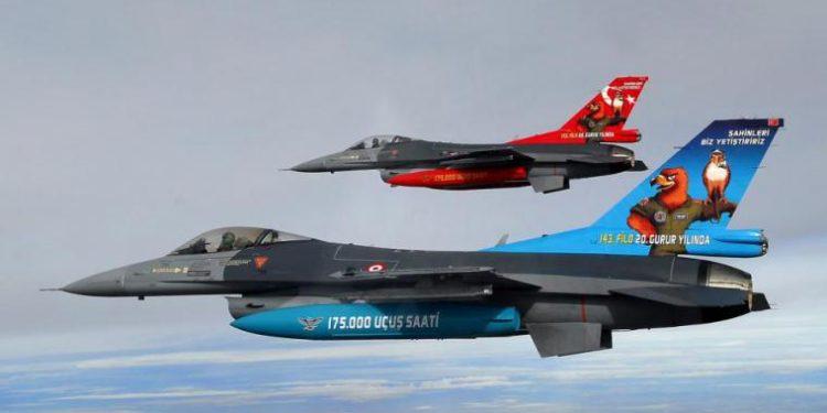 «Μπαράζ» προκλητικότητας τουρκικών F-16 με υπερπτήσεις, 34 παραβιάσεις και μια εμπλοκή