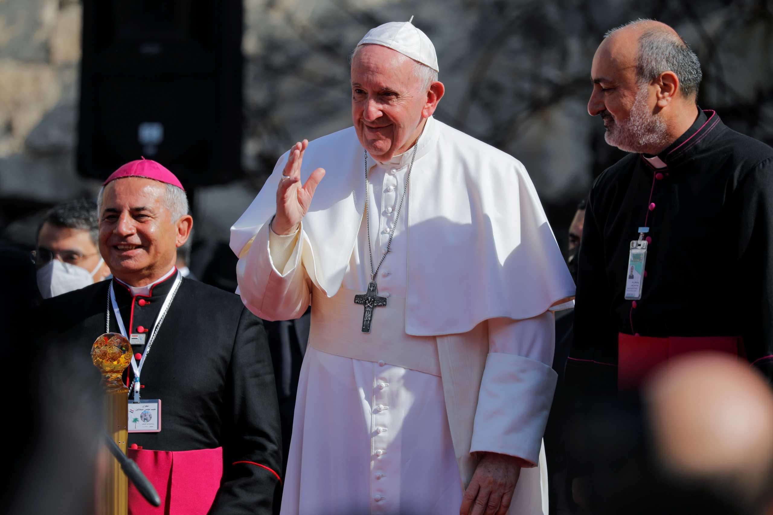 Πάπας Φραγκίσκος: Οι εμπόλεμες πλευρές στη Συρία «να καταθέσουν τα όπλα»