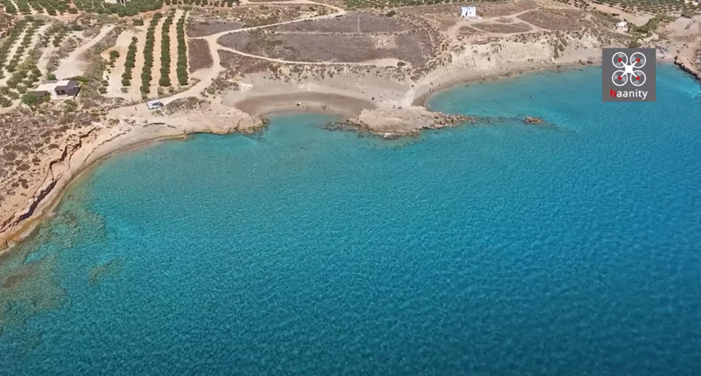 Άργιλος: Είναι αυτή η κορυφαία παραλία της χώρας για το 2021; Φυσικό spa και βουτιές σε εκπληκτικά νερά (video)