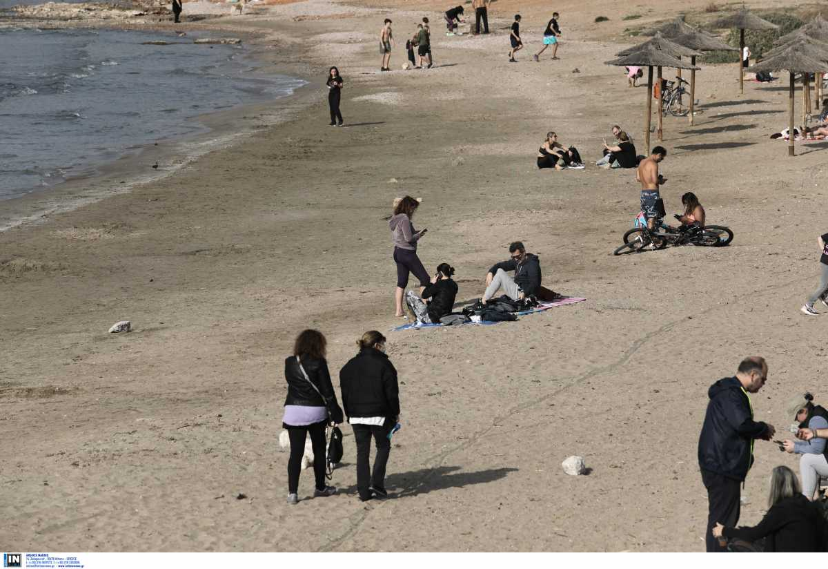 Μετακίνηση 6 μόνο γύρω από το σπίτι και άδειες σήμερα οι παραλίες (pics)