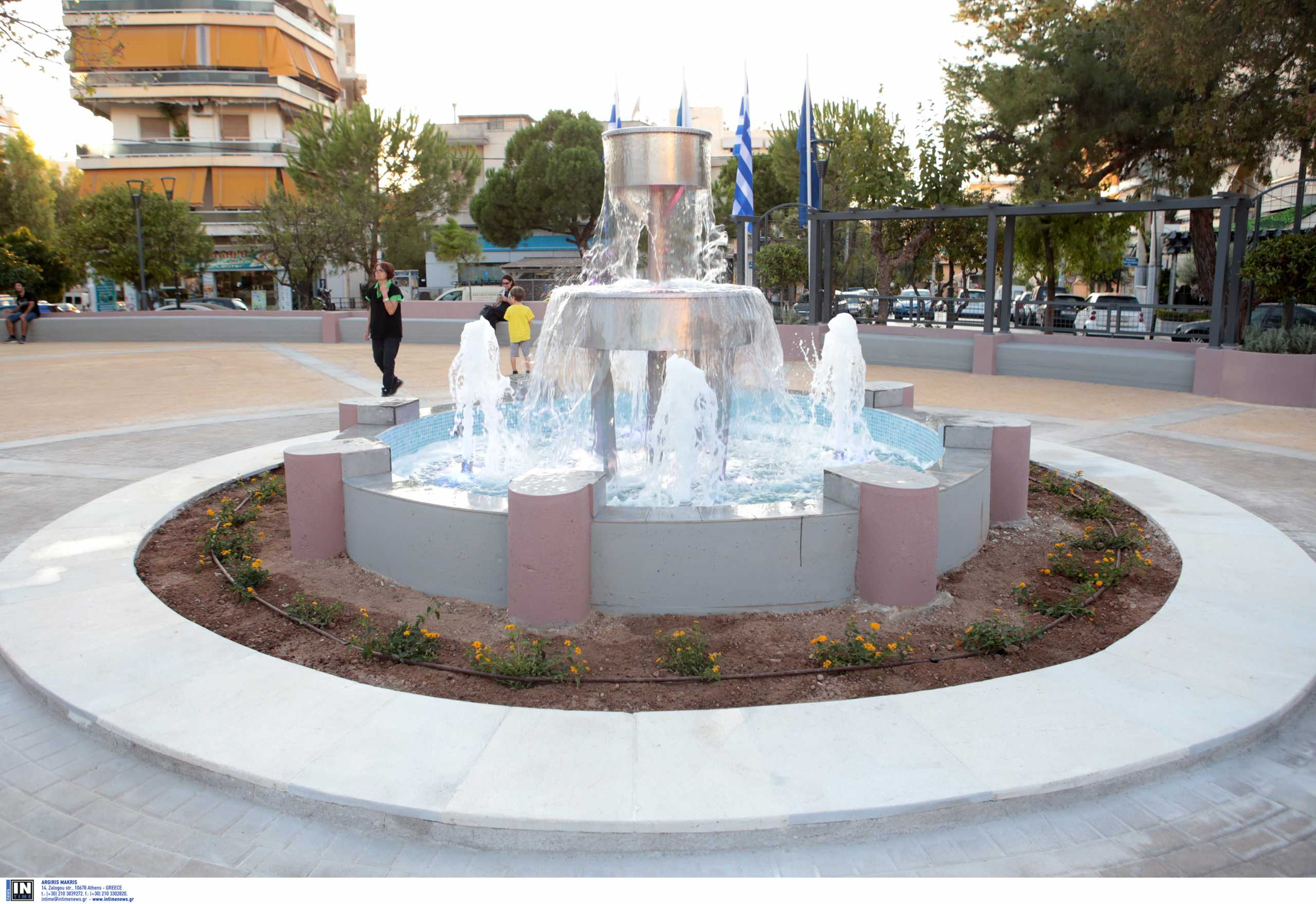 Το Reuters βρήκε τα «πάρκα τσέπης» της Αθήνας και τα αποθεώνει