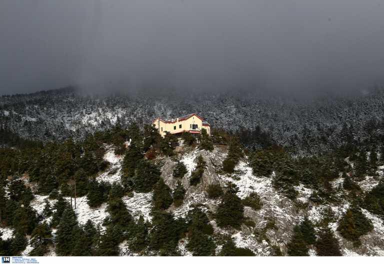 Πώς είναι σήμερα το πάλαι ποτέ περίφημο σαλέ Κυκλάμινα στην Πάρνηθα