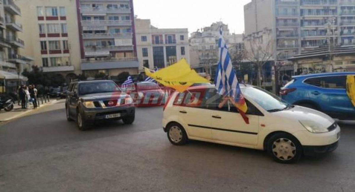 Πάτρα: Έκαναν μηχανοκίνητη πορεία για την 25η Μαρτίου