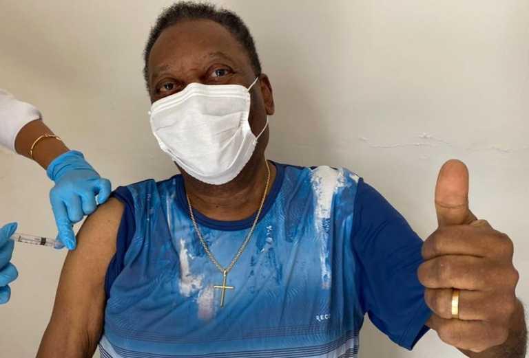 Εμβολιάστηκε ο Πελέ και έστειλε μήνυμα: Μάσκες, απόσταση και αλληλοβοήθεια