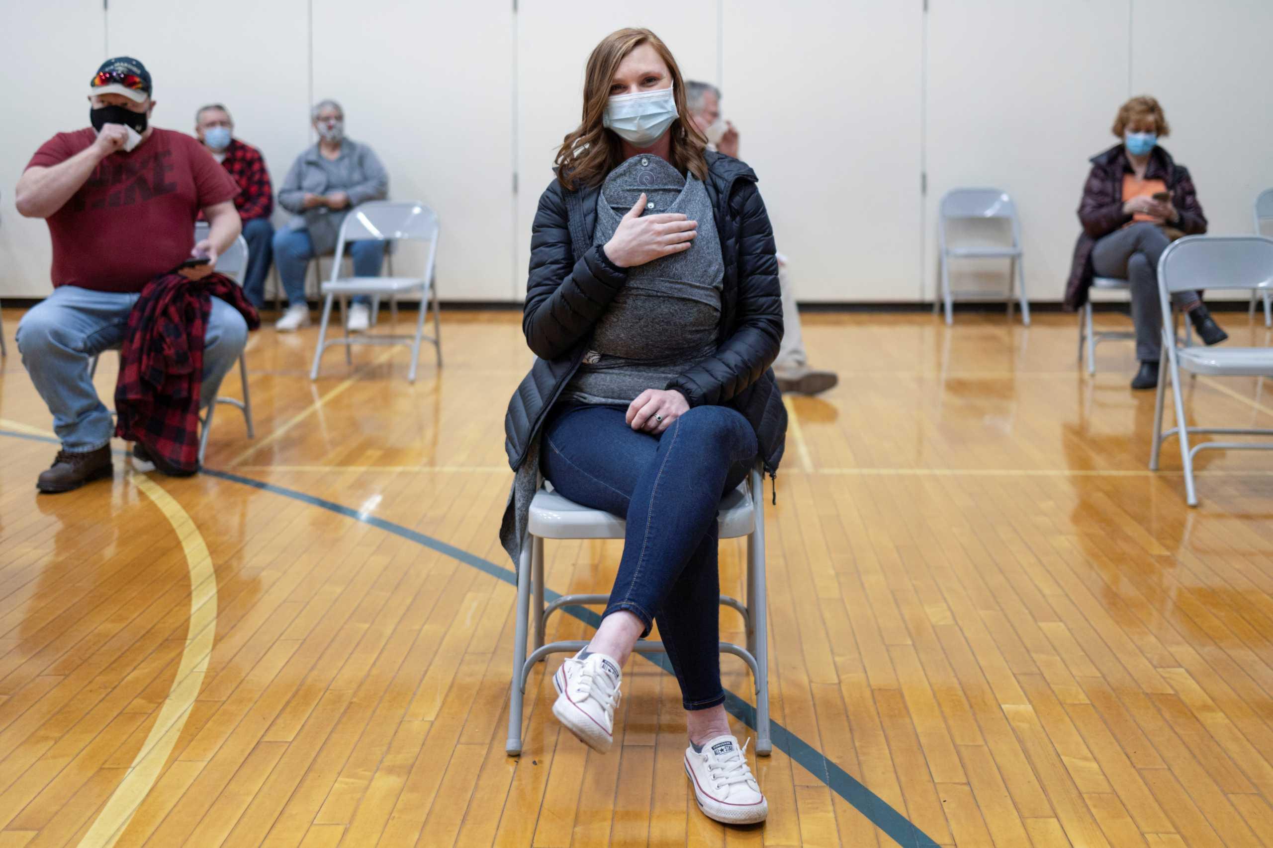 Κορονοϊός – Εμβόλιο Johnson & Johnson: Τι ισχύει για τις εγκύους