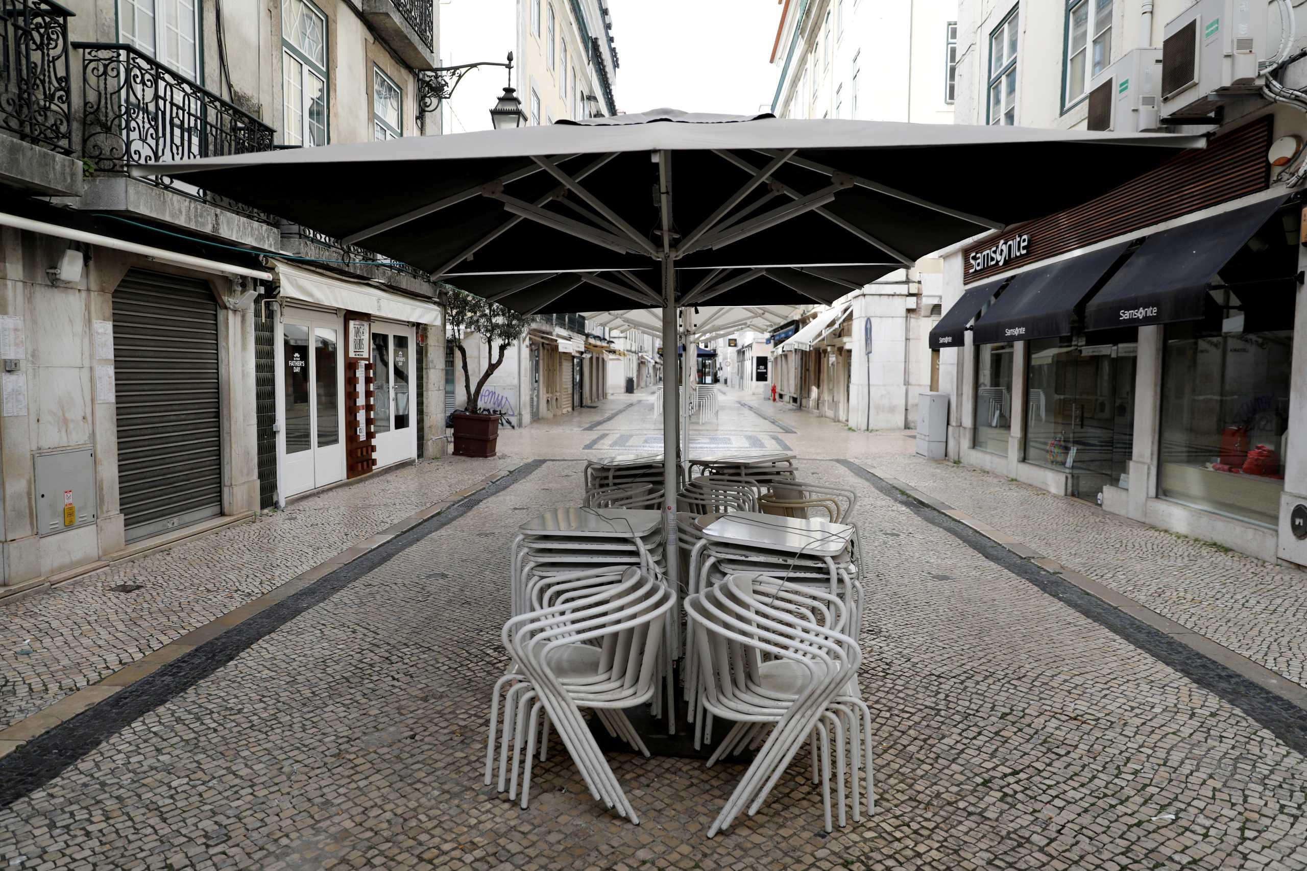 Κορονοϊός: Η Βουλγαρία κλείνει για 10 μέρες σχολεία, εστιατόρια και εμπορικά κέντρα