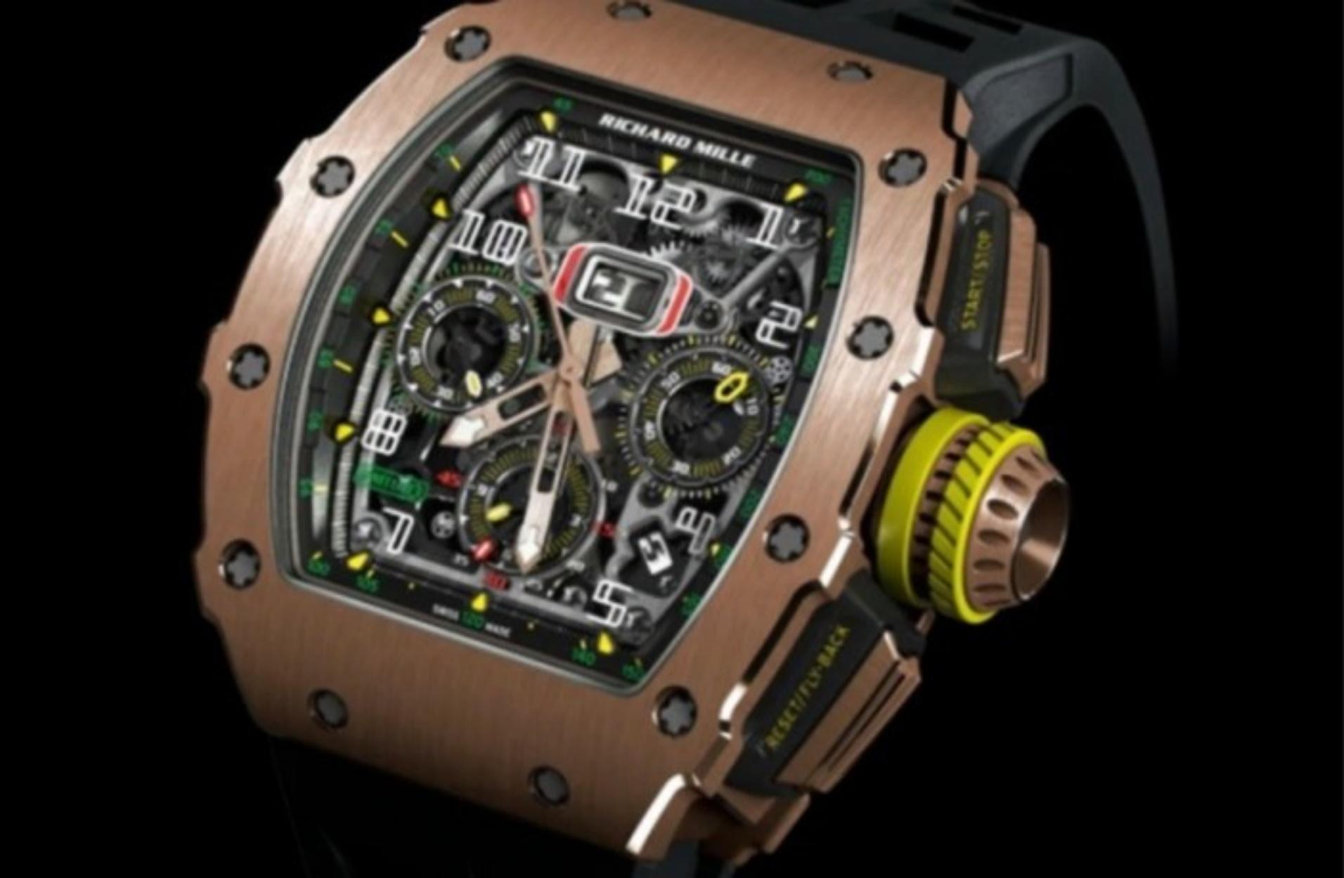 Ένας τύπος δίνει αμοιβή 50.000 δολάρια για ένα σπάνιο ρολόι που του έκλεψαν