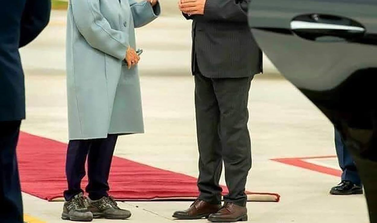 Οι Τούρκοι ξέφυγαν! Σχολίασαν μέχρι και τα παπούτσια της Προέδρου της Δημοκρατίας