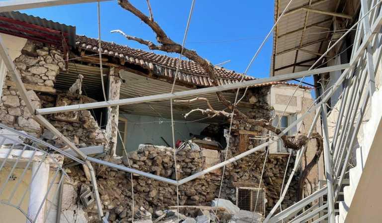 Σεισμός – Μεσοχώρι Ελασσόνας: Σοκάρουν οι φωτογραφίες του σπιτιού που γκρέμισαν τα ρίχτερ