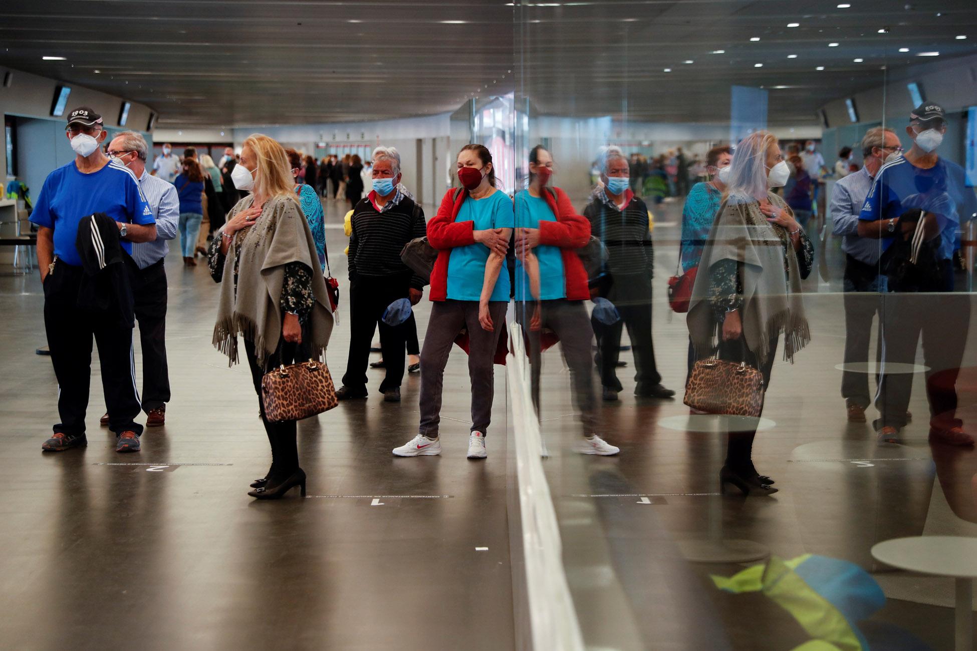 Ισπανία: Αυξάνονται τα κρούσματα στις περισσότερες περιφέρειες