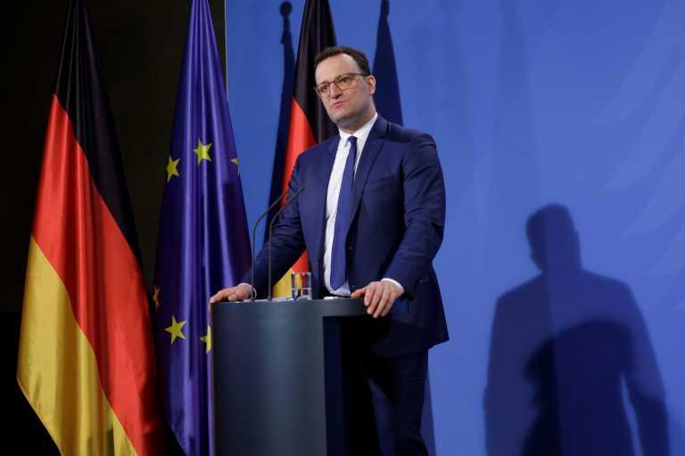 Γερμανία: Στα σχοινιά ο Γενς Σπαν για υπερβολικές δαπάνες κατά τη διάρκεια της πανδημίας