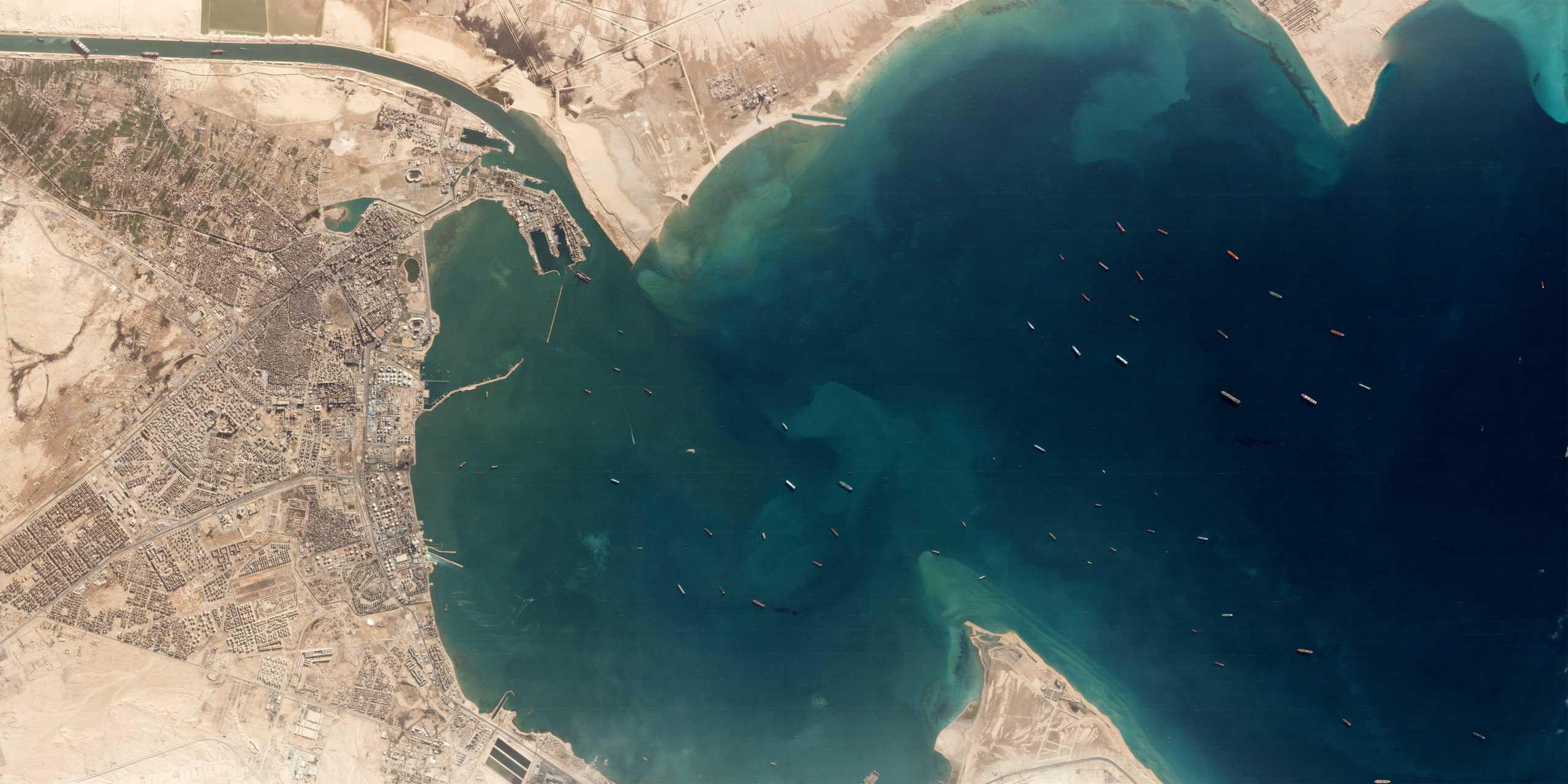 Διώρυγα του Σουέζ: Στα ύψη το πετρέλαιο από το μπλοκάρισμα – Ζημιές 10 δισ. την ημέρα