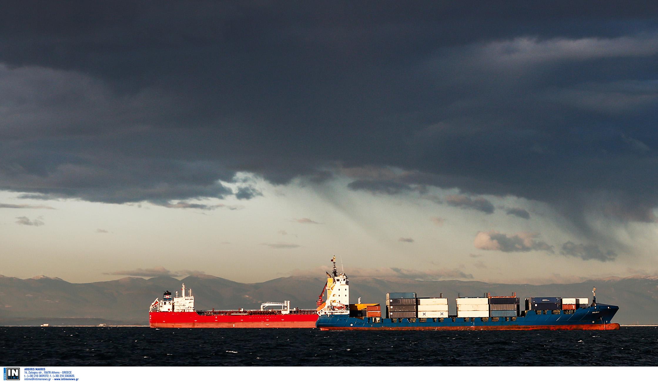 Κύθηρα: Έρευνες μετά τη σύγκρουση των δύο φορτηγών πλοίων – Τρόμος για τα πληρώματα