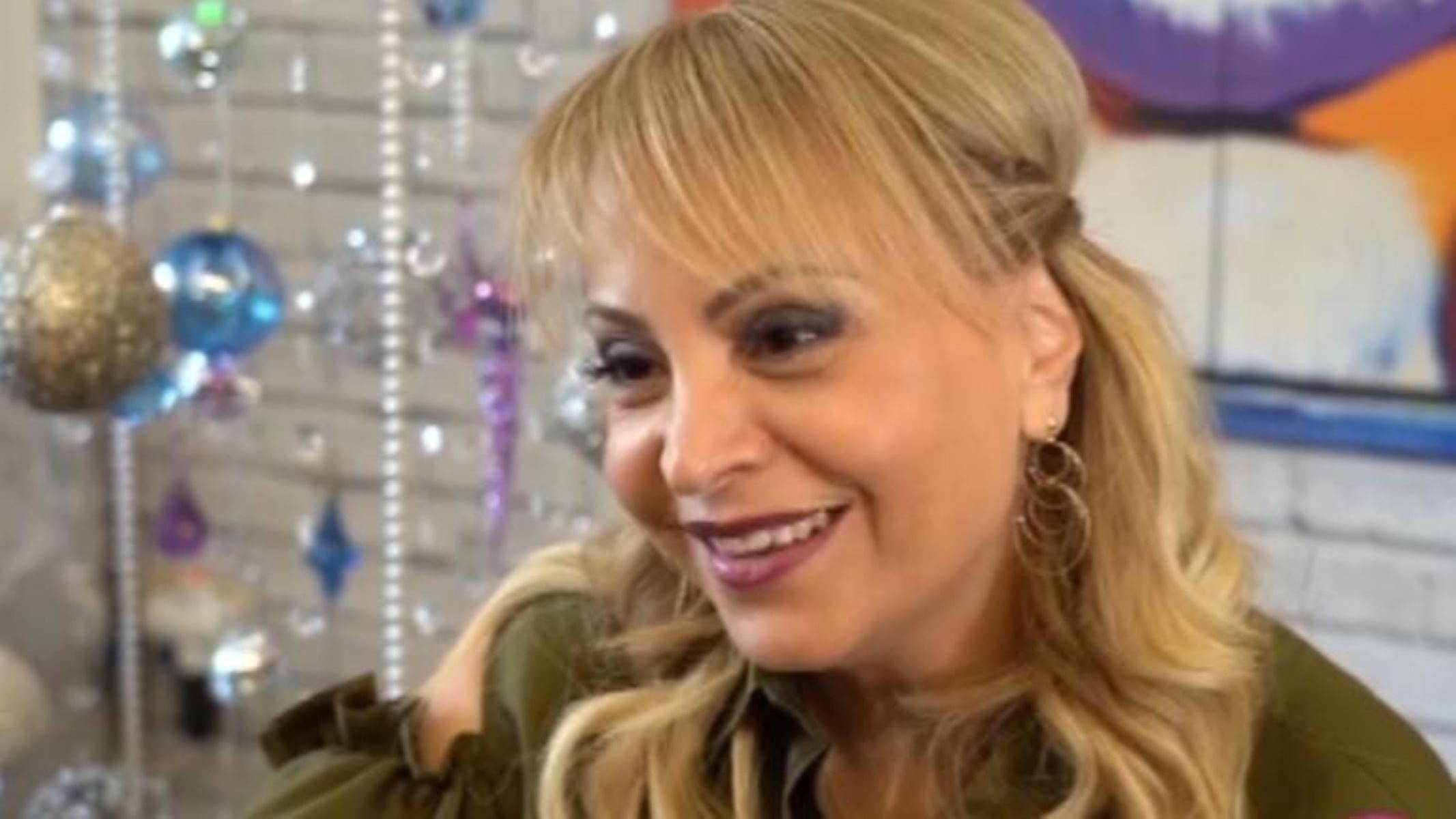 Τέτα Καμπουρέλη στο «Live News» για το ριφιφί στο Ψυχικό: Πιστεύω στην αθωότητα του συζύγου μου