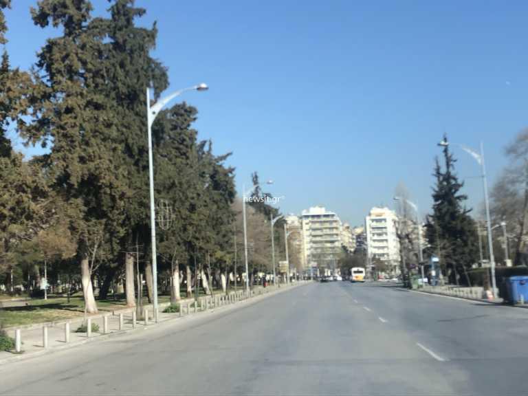 Θεσσαλονίκη – Κορονοϊός: Τσικνοπέμπτη με κατεβασμένα ρολά και άδειους δρόμους – Η ανασφάλεια μέσα από εικόνες (pics)