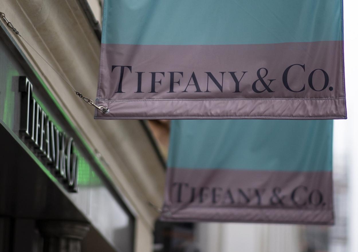 Elsa Peretti: Ποια ήταν η πιο διάσημη σχεδιάστρια του οίκου Tiffany και Βασίλισσα του Studio 54