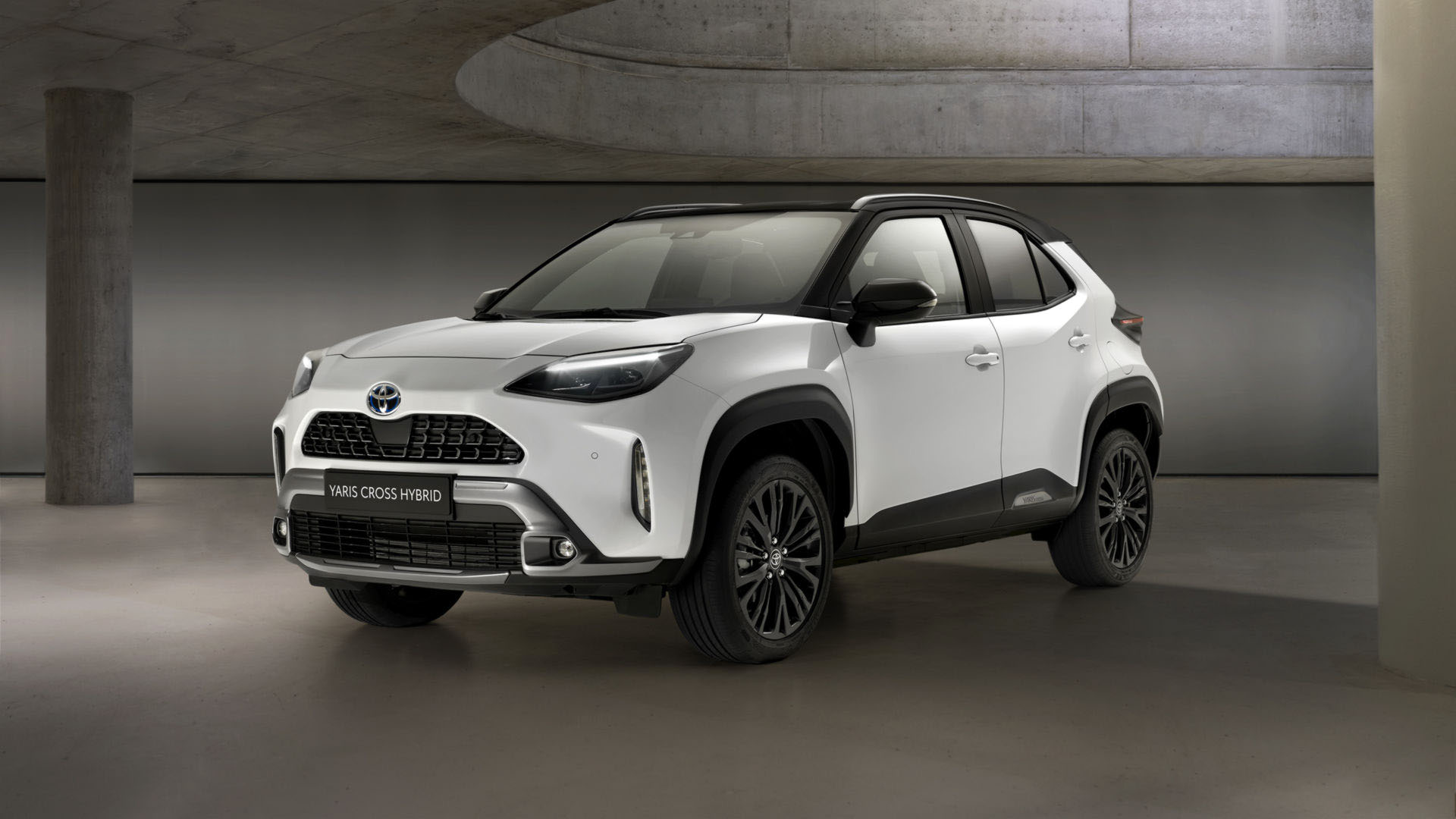 Και έκδοση Adventure για το νέο Toyota Yaris Cross (pics)