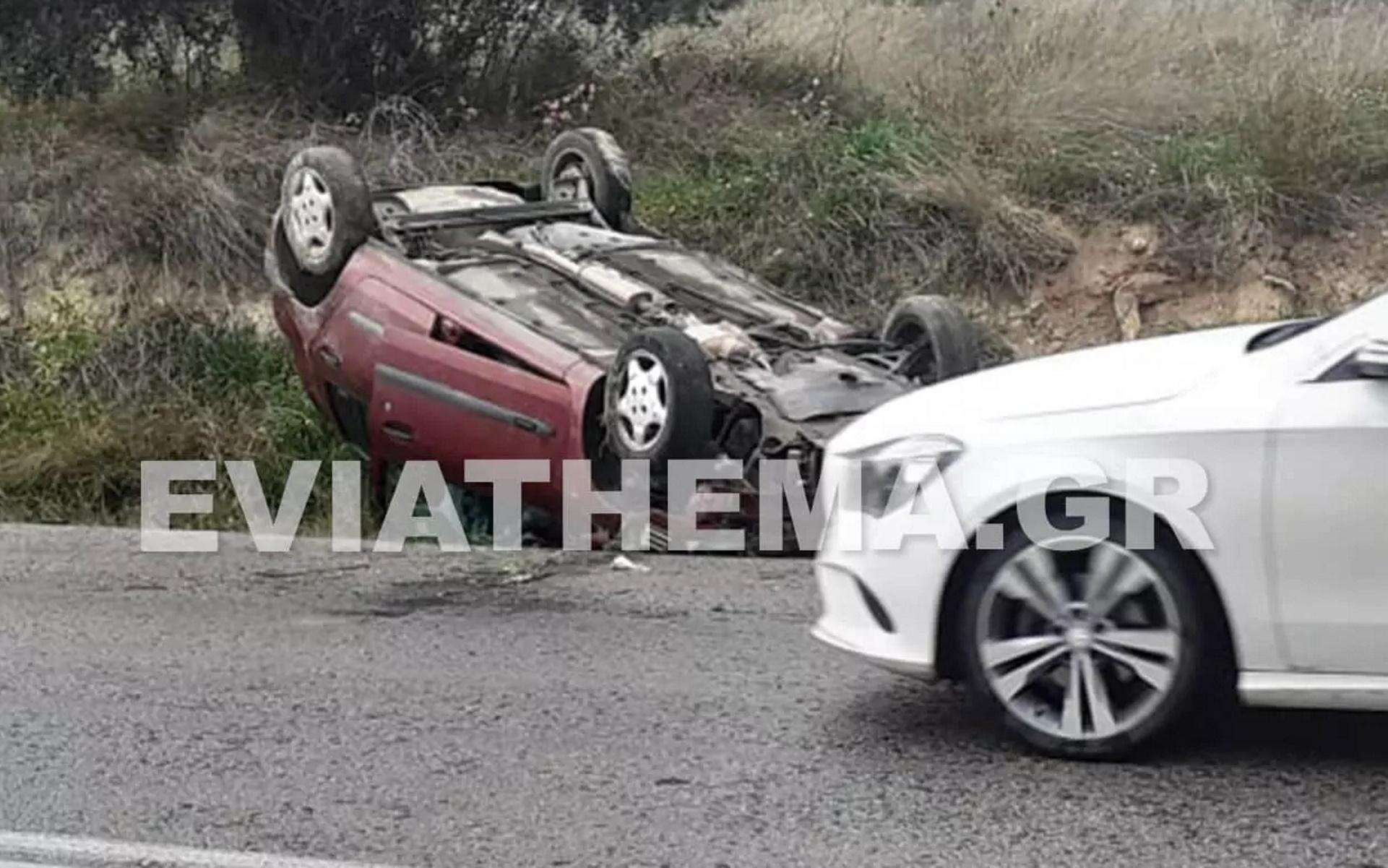 Ερέτρια: Σοκαριστικό τροχαίο – Σμπαράλια το αυτοκίνητο μετά από αρκετές τούμπες (pics)