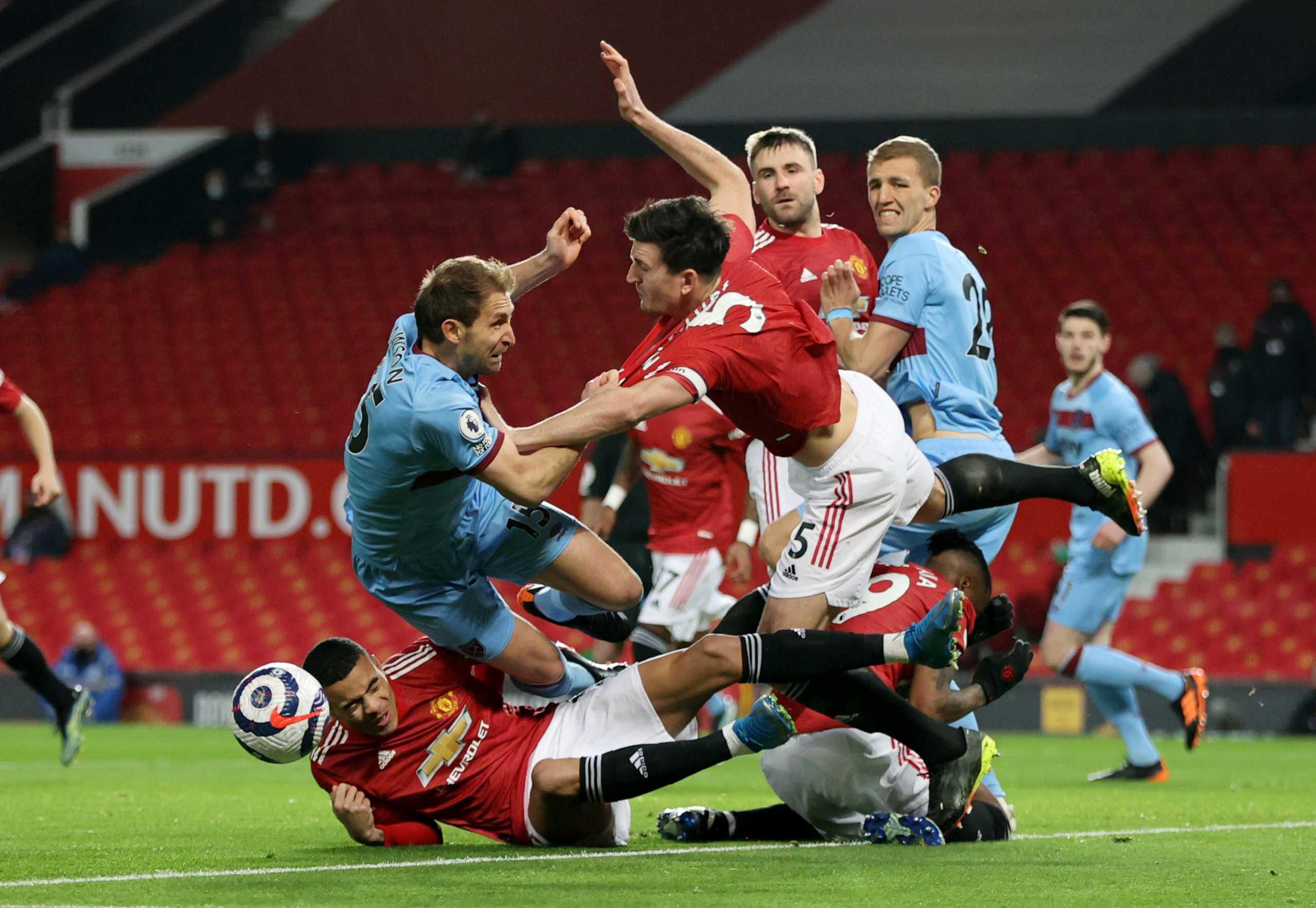 Premier League: Δεύτερη η Γιουνάιτεντ με αυτογκόλ (video)