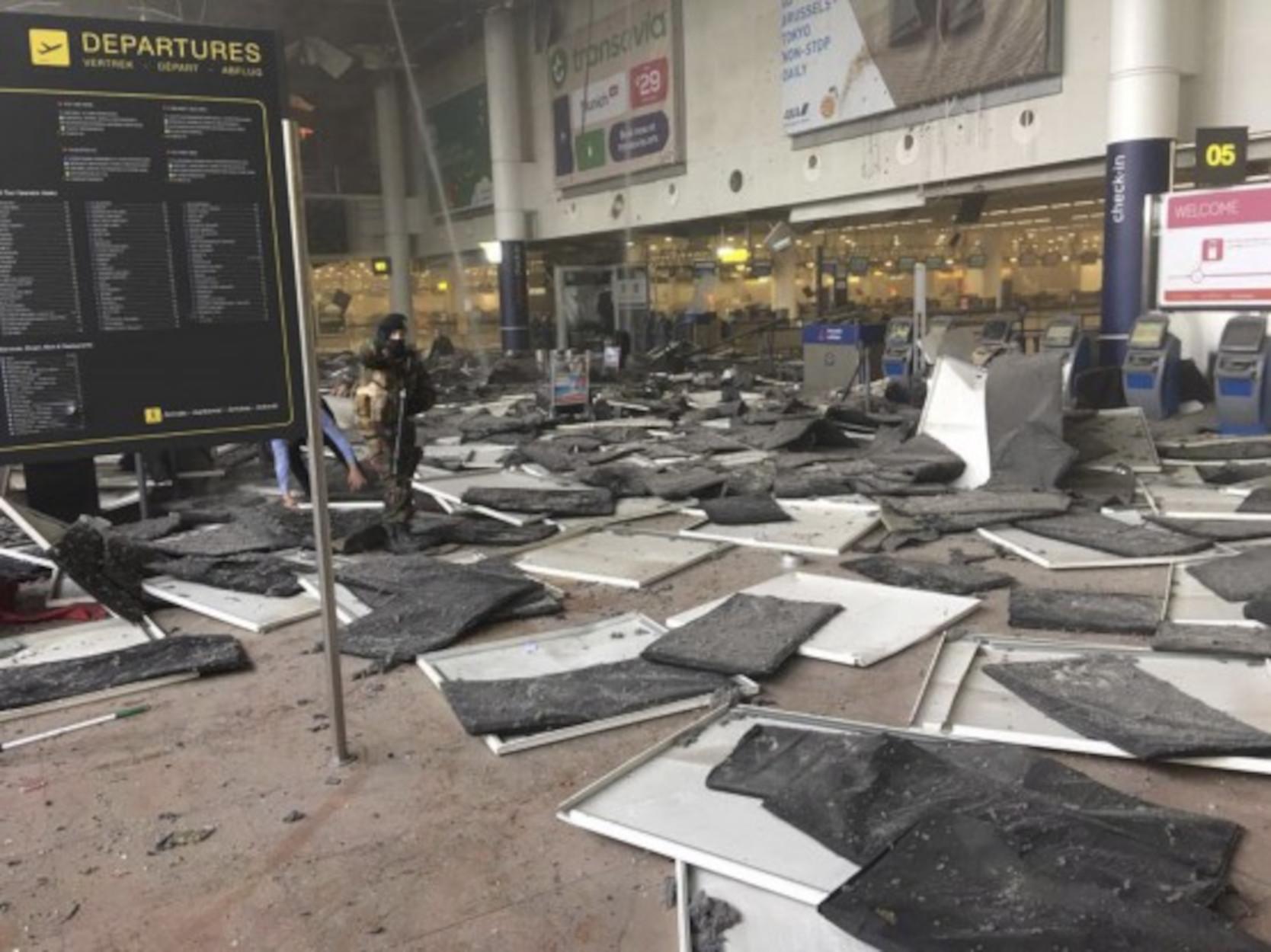 Βρυξέλλες: 5 χρόνια από τις τζιχαντιστικές επιθέσεις με τους 32 νεκρούς (pics)