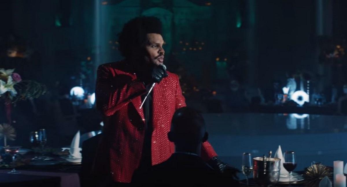 Ρεκόρ για το «Blinding Lights» του Weeknd – Εδώ και ένα χρόνο στο top 10 του Billboard (vid)