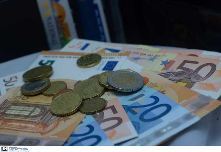 Ποιοι δικαιούνται την επιδότηση 1.000 και 3.000 ευρώ – Ποιοι απαλλάσονται από ενοίκια Απρίλιο και Μάιο