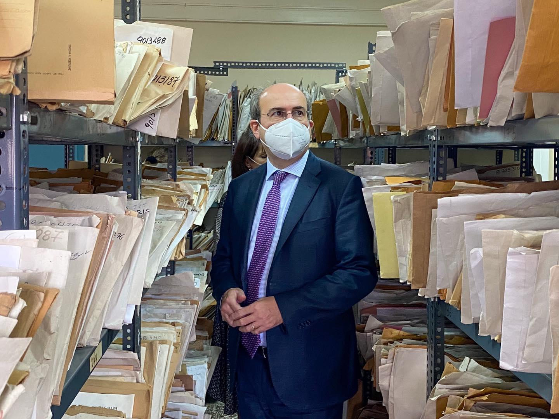 Χατζηδάκης από ΕΦΚΑ: Το πρόβλημα που κληρονομήσαμε είναι η «Kόπρος του Αυγείου» αλλά θα το λύσουμε