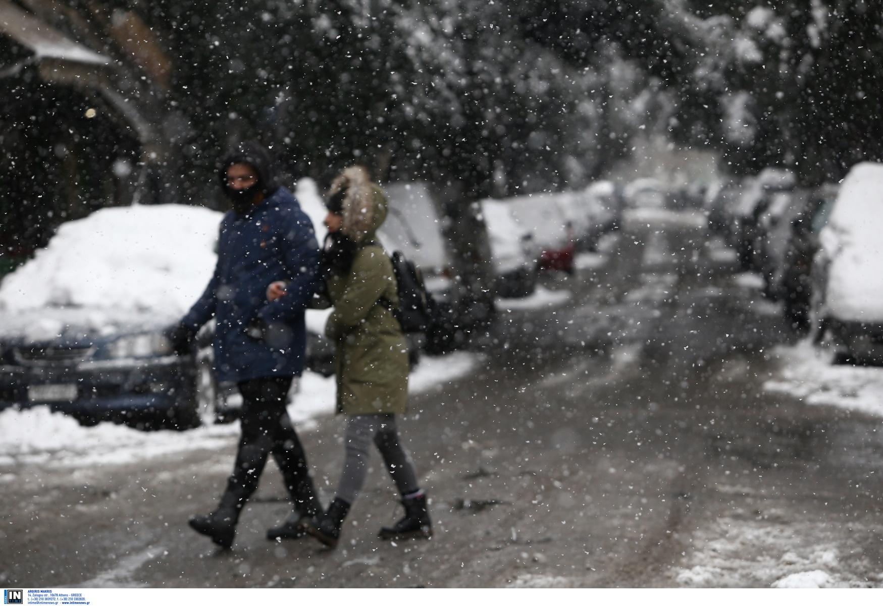 Καιρός σήμερα: Ο χειμώνας είναι εδώ – Σε ποιες περιοχές θα χιονίζει και θα βρέχει