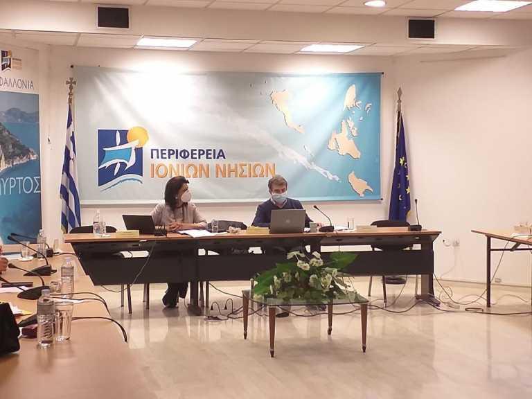Έκκληση Χρυσοχοΐδη από Κέρκυρα: Σας παρακαλώ κάντε υπομονή και εμβολιαστείτε