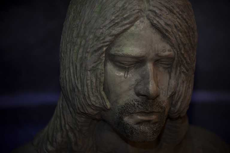 Το στυλ του Kurt Cobain από τα 90's παραμένει ζωντανό – Δες πως να το αποκτήσεις