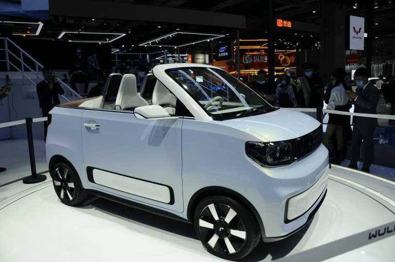 Αυτό είναι το μικρότερο και φθηνότερο κάμπριο αυτοκίνητο στον κόσμο! (pics)