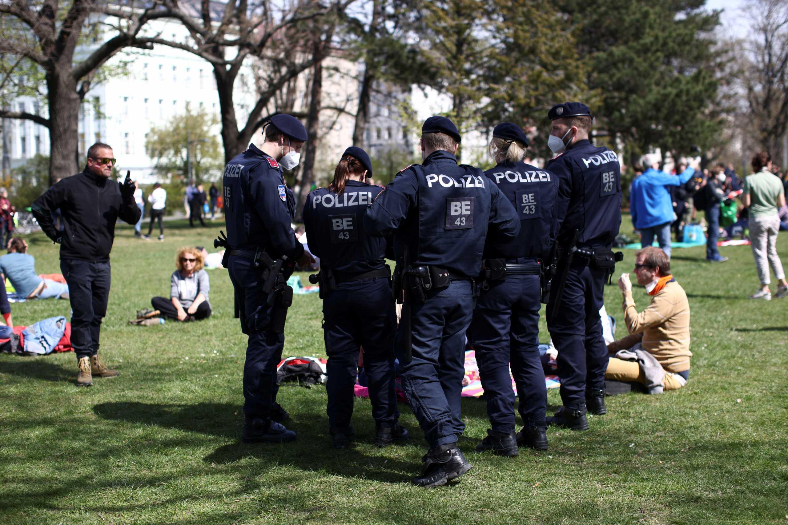 Την παράταση του «σκληρού lockdown» στη Βιέννη μέχρι τις 2 Μαΐου ανακοίνωσε ο δήμαρχος