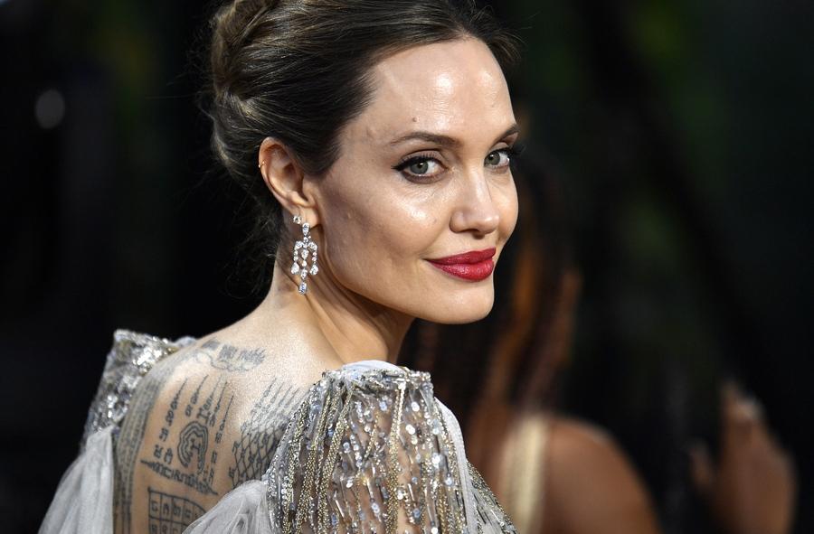 Angelina Jolie APE