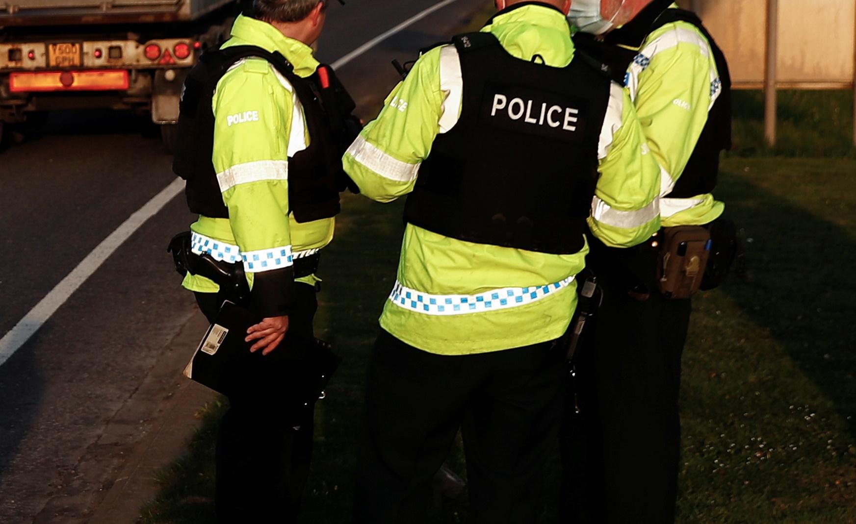 Δύο τραυματίες από πυροβολισμούς κοντά σε κολέγιο της Βρετανίας