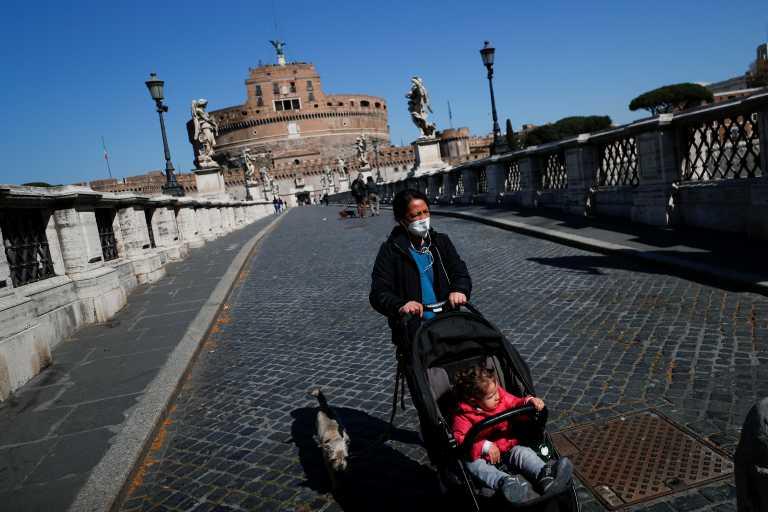 Κορονοϊός: Ζαλίζουν οι αριθμοί στην Ιταλία – 21.261 νέα κρούσματα