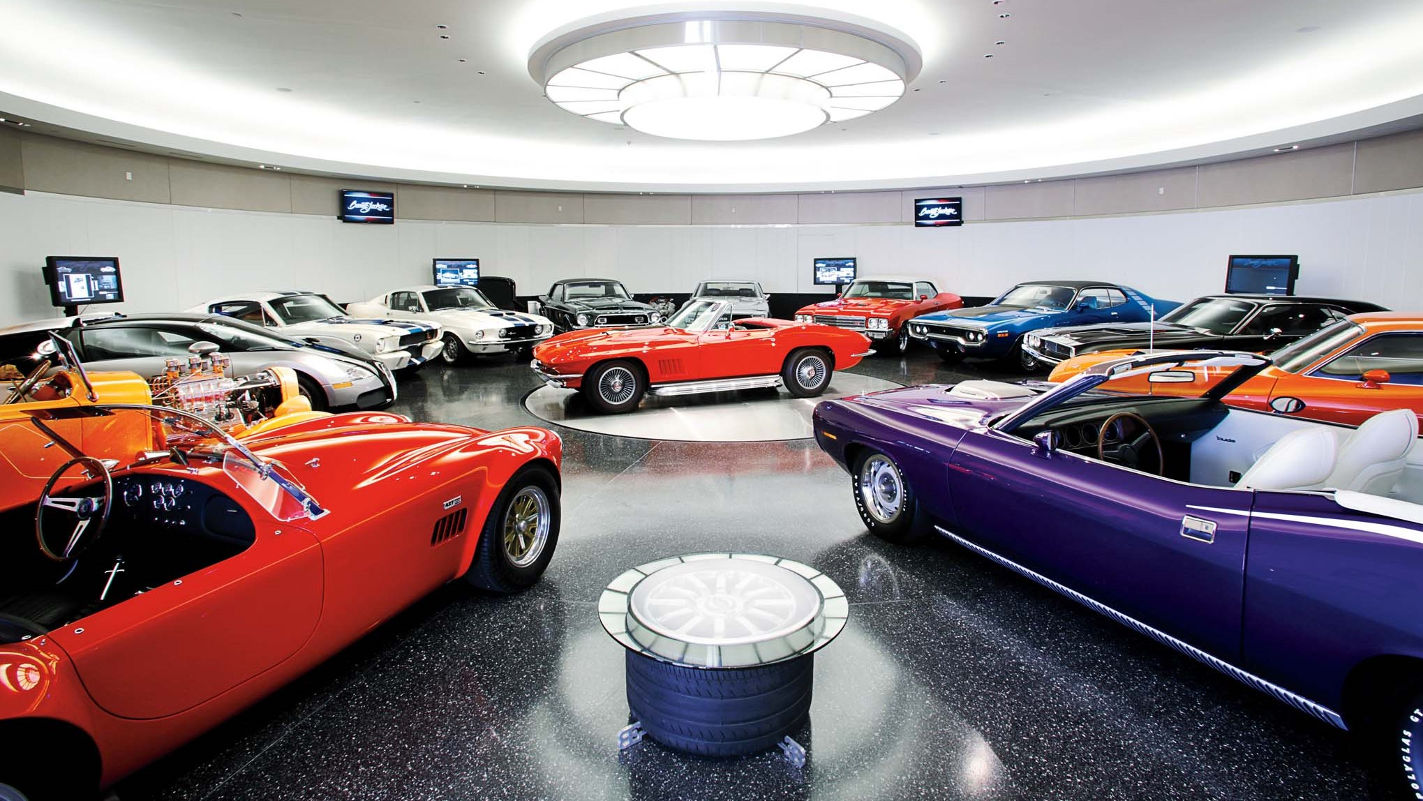Οι 15 πιο σπάνιες και ακριβές ιδιωτικές συλλογές αυτοκινήτων στον κόσμο (pics)
