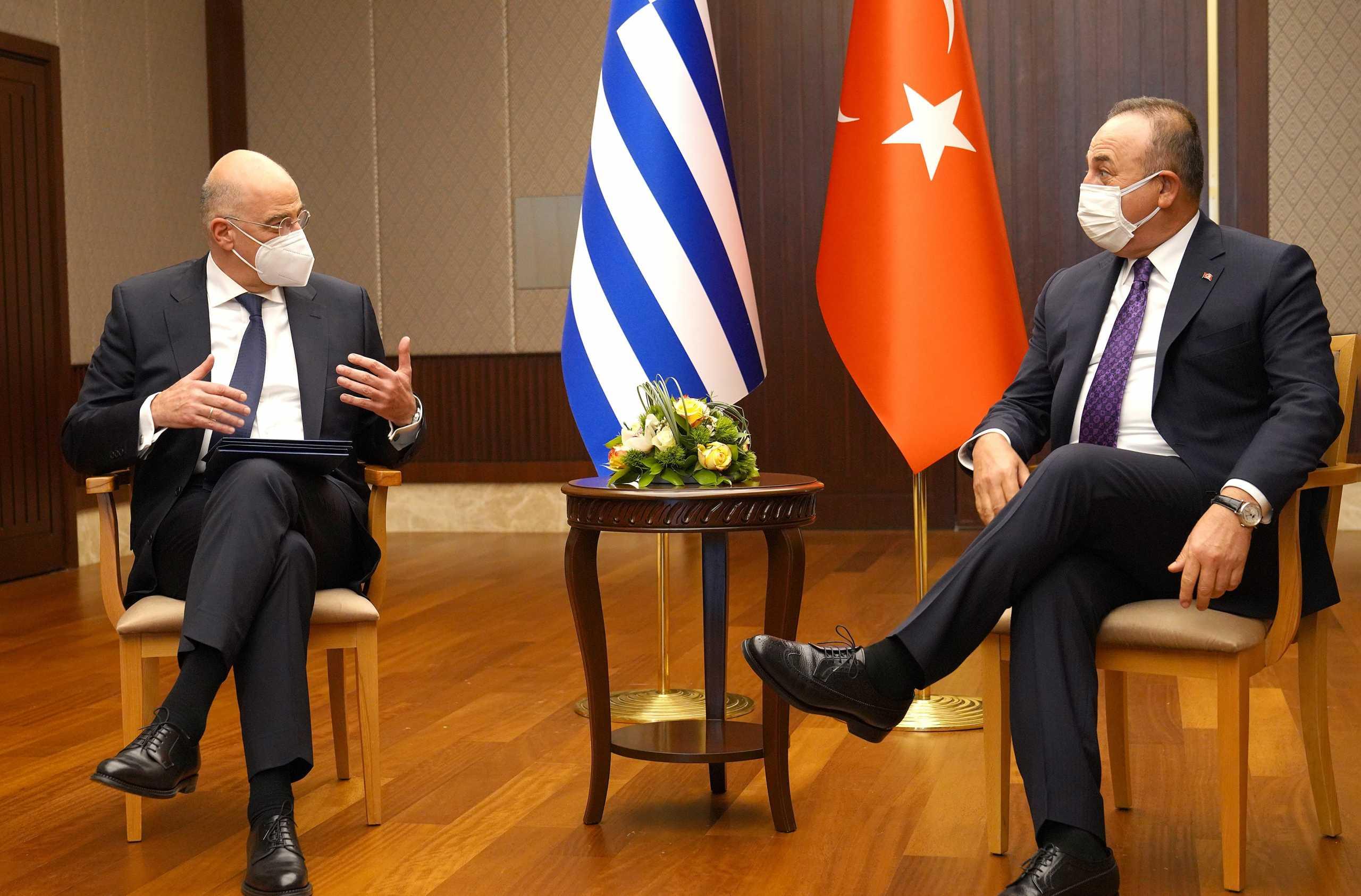Τουρκικά ΜΜΕ για Δένδια – Τσαβούσογλου: Σκανδαλώδης διπλωματία