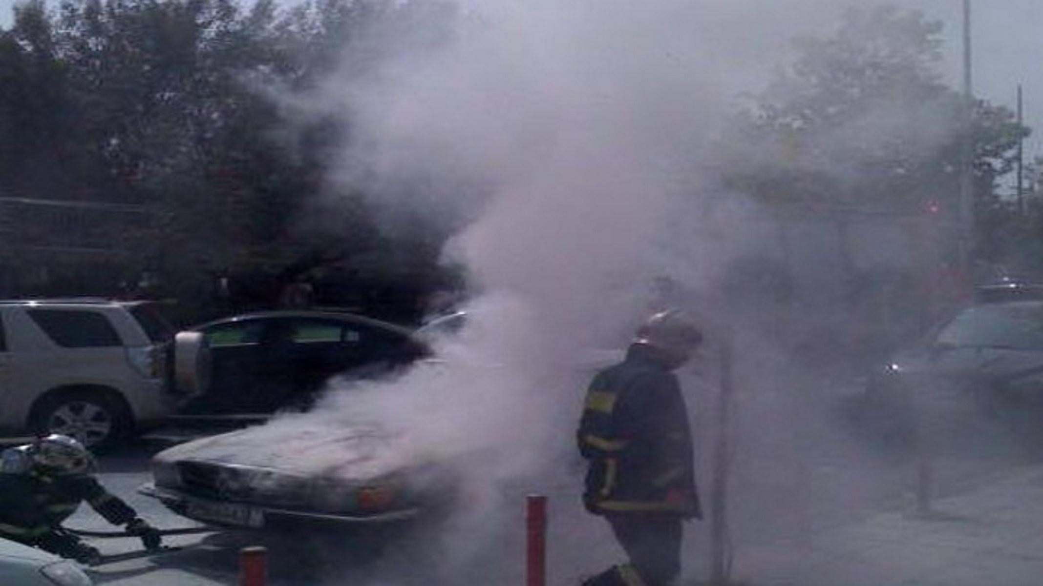 Έδεσσα: Στις φλόγες αυτοκίνητο εν κινήσει